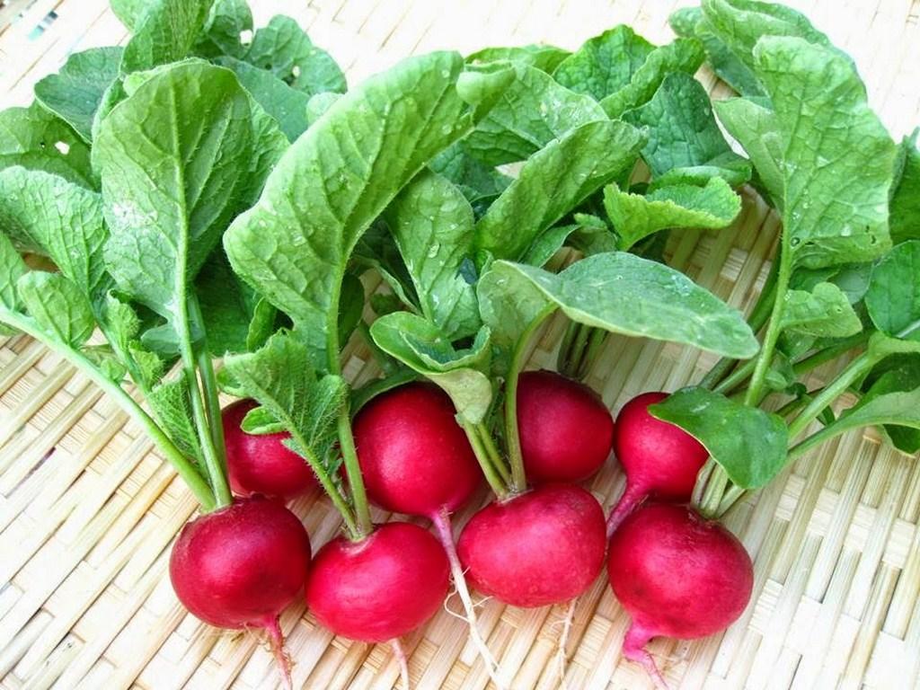 Thực phẩm bổ sung collagen - Rau củ có màu đỏ